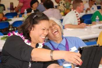 Tricia Adams, American Cancer Society Hawaii Pacific 2012 Hero of Hope with Daveline Ching, 2013 Hero of Hope